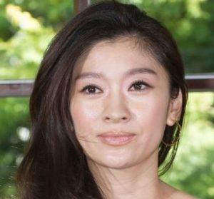 篠原涼子の現在は整形で顔が変わったし太った?劣化したのか昔の若い頃の画像と比較!