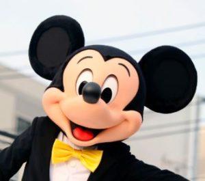 ミッキーの顔が現在までどれくらい変わったか歴代で比較!顔を変化させる理由はなぜなのか?