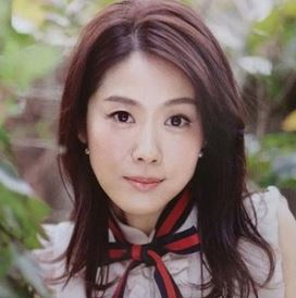 小保方晴子の現在の写真は別人のように顔変わった?昔の高校時代から目が違うか画像で比較!
