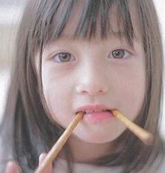 橋本環奈は整形で顔変わったのか天然か?子供の頃の写真やアイドル時代と現在を画像で比較!