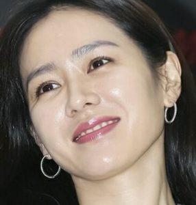 ソンイェジンは整形で鼻をイジって顔が変わった?美人女優の学生時代から現在までを画像で比較!