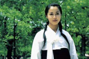 沢尻エリカは整形で顔変わったしすっぴんは別人?現在までの顔の変化を高校時代など画像で比較!