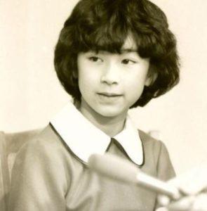 山尾志桜里の若い頃モテモテだった顔画像!アニーの子役時代や大学の頃の写真も美人すぎ?