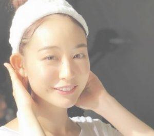 新井恵理那のすっぴん素顔の画像は別人?メガネありとなしはどっちが似合うかも調査!