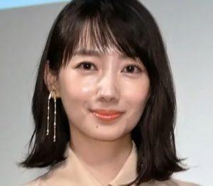 波瑠は整形で鼻をシュッとさせて顔変わった?昔から現在までの髪型の変化も画像で比較!
